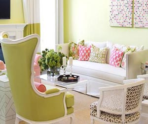Little girl 39 s dress up dressing room room decor and design for Pink and green living room ideas