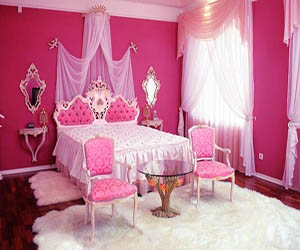 Pink Bedroom with Glass Table - Room Decor and Design