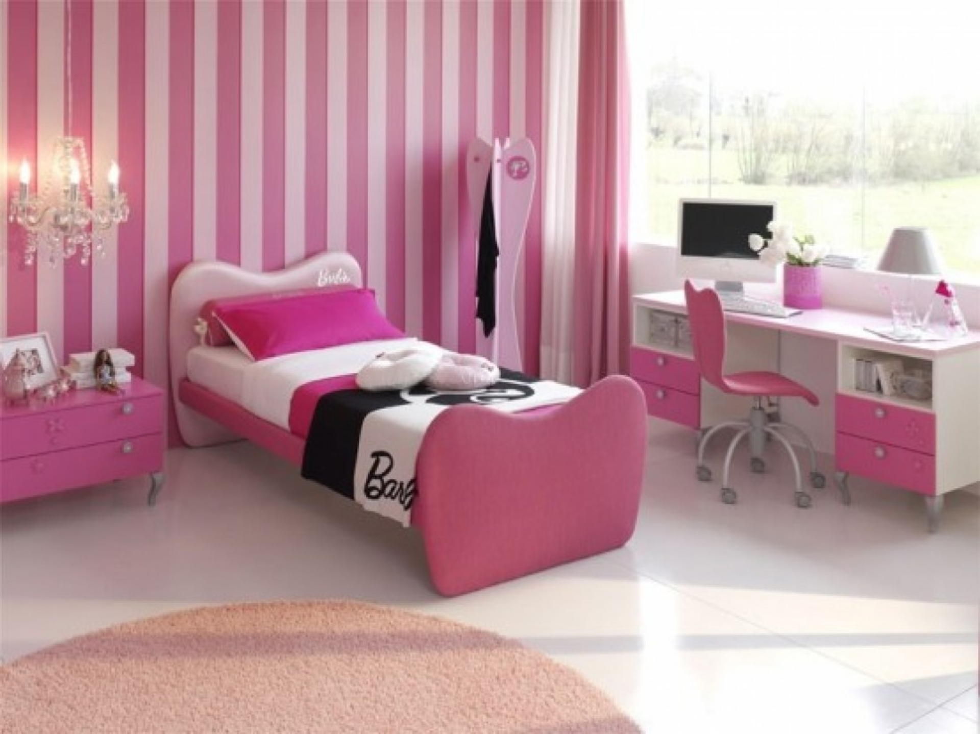 Barbie Bedroom With Classical Touches