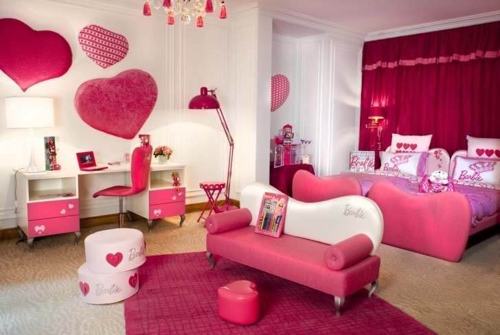 Barbie Bedroom with Lounge Area - Room Decor and Design