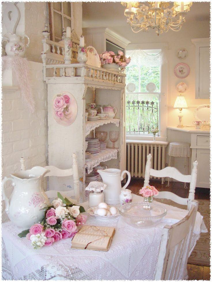 Superbe Cream, Lace, Floral Kitchen