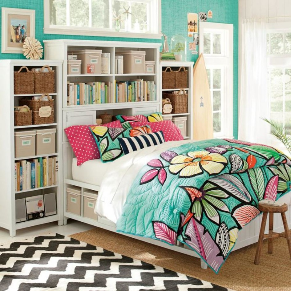 Tropical Bedroom With Surfing Influences
